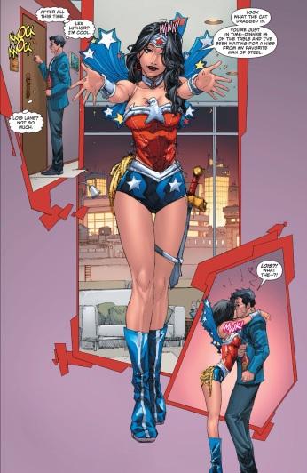 Lois Lane in Wonder Woman cosplay? YES PLEASE!